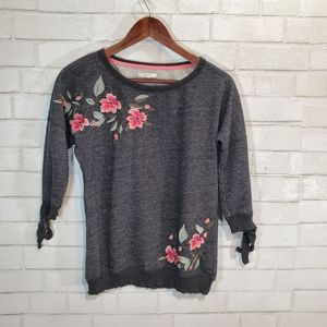 Maurices cute floral embroidery sweatshirt